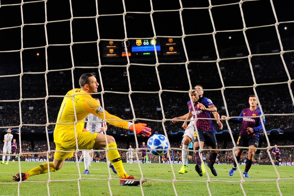 صور مباراة : برشلونة - إنتر ميلان 2-0 ( 24-10-2018 )  1540408387_114463_1540413580_album_grande