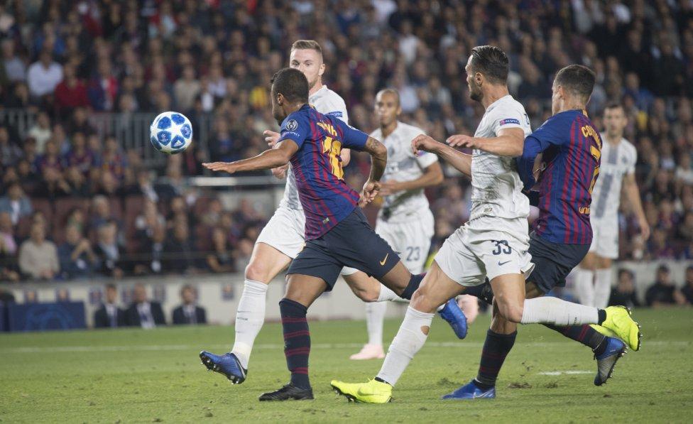صور مباراة : برشلونة - إنتر ميلان 2-0 ( 24-10-2018 )  1540408387_114463_1540413581_album_grande