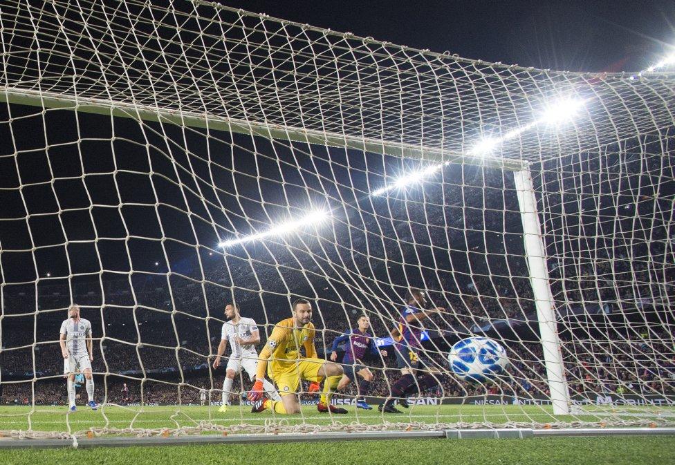 صور مباراة : برشلونة - إنتر ميلان 2-0 ( 24-10-2018 )  1540408387_114463_1540413584_album_grande