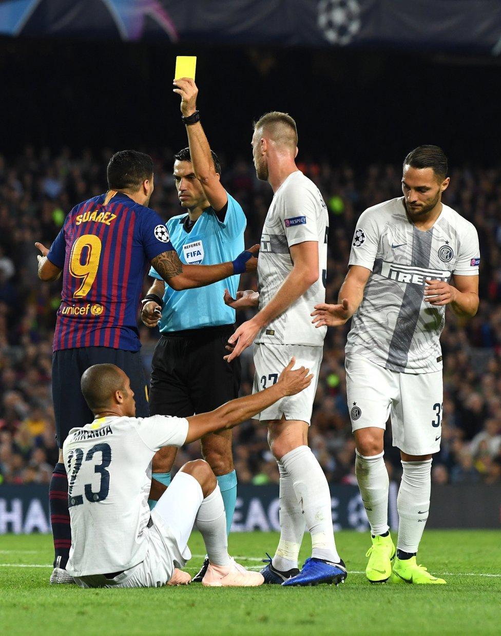 صور مباراة : برشلونة - إنتر ميلان 2-0 ( 24-10-2018 )  1540408387_114463_1540414325_album_grande