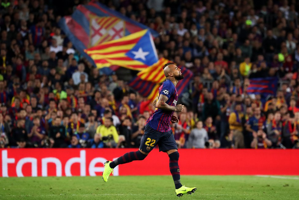 صور مباراة : برشلونة - إنتر ميلان 2-0 ( 24-10-2018 )  1540408387_114463_1540416232_album_grande