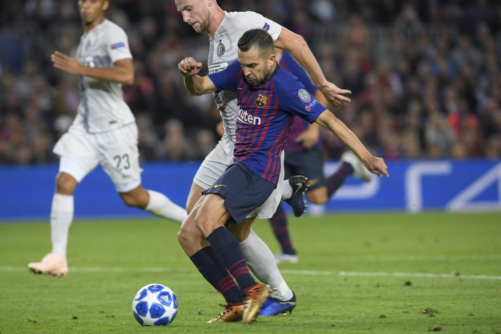 صور مباراة : برشلونة - إنتر ميلان 2-0 ( 24-10-2018 )  1540408387_114463_1540417381_album_grande