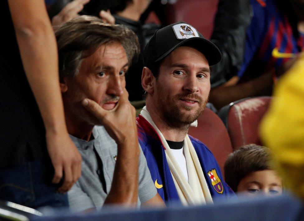صور مباراة : برشلونة - إنتر ميلان 2-0 ( 24-10-2018 )  1540408387_114463_1540417903_album_grande