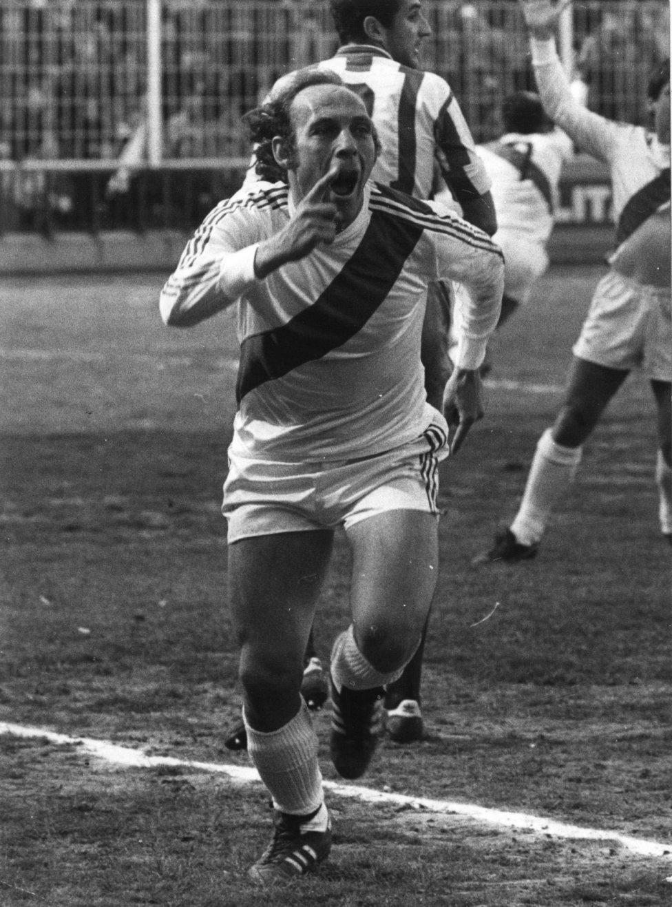 Manuel Clares