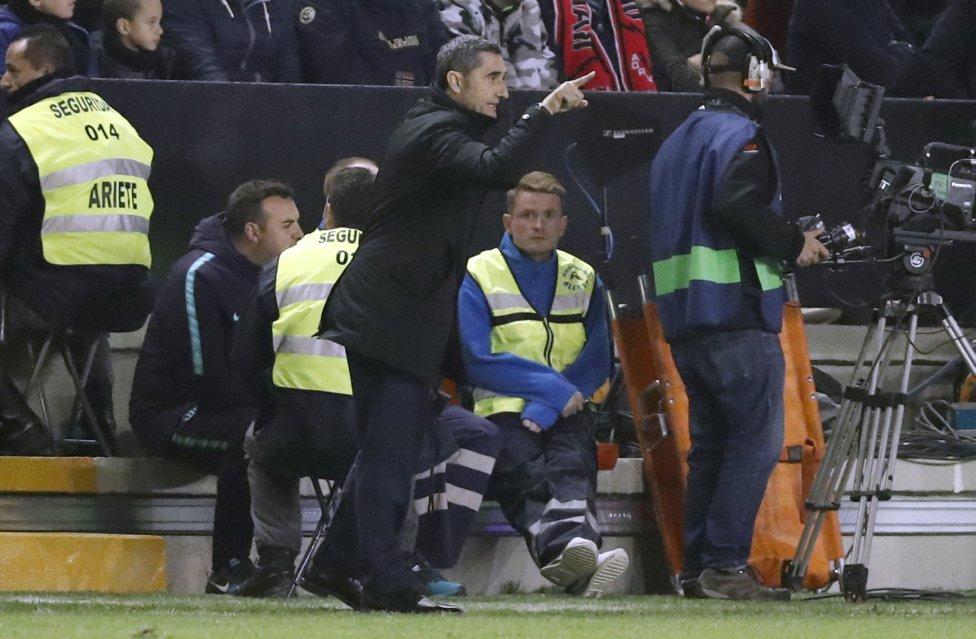 صور مباراة : رايو فاليكانو - برشلونة 2-3 ( 03-11-2018 )  1541275050_663810_1541279211_album_grande