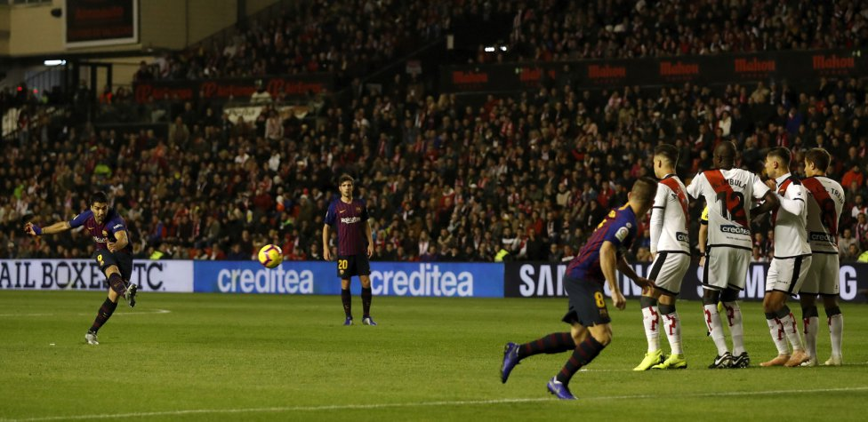 صور مباراة : رايو فاليكانو - برشلونة 2-3 ( 03-11-2018 )  1541275050_663810_1541279212_album_grande