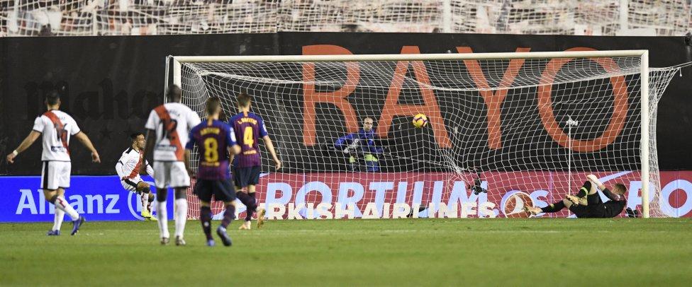 صور مباراة : رايو فاليكانو - برشلونة 2-3 ( 03-11-2018 )  1541275050_663810_1541280737_album_grande