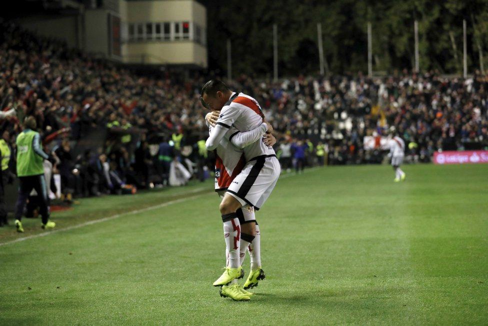صور مباراة : رايو فاليكانو - برشلونة 2-3 ( 03-11-2018 )  1541275050_663810_1541280740_album_grande