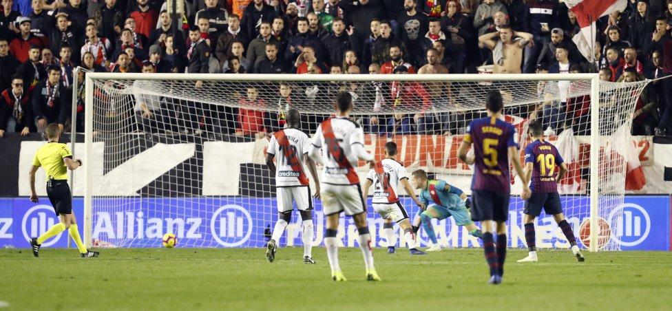 صور مباراة : رايو فاليكانو - برشلونة 2-3 ( 03-11-2018 )  1541275050_663810_1541283578_album_grande
