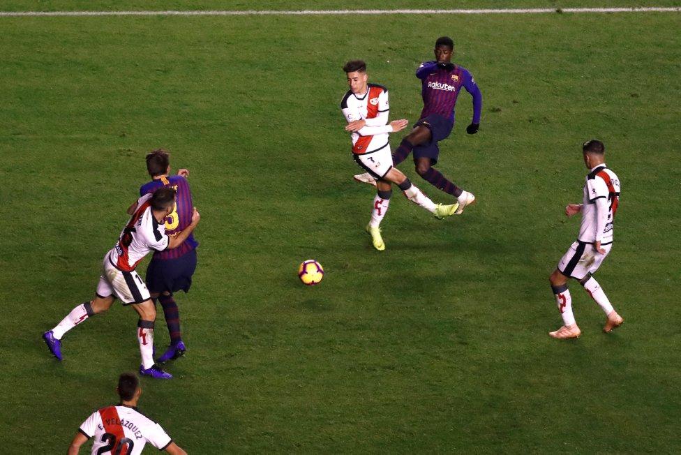 صور مباراة : رايو فاليكانو - برشلونة 2-3 ( 03-11-2018 )  1541275050_663810_1541283580_album_grande