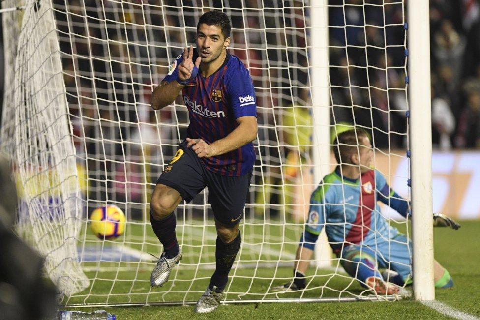 صور مباراة : رايو فاليكانو - برشلونة 2-3 ( 03-11-2018 )  1541275050_663810_1541284237_album_grande