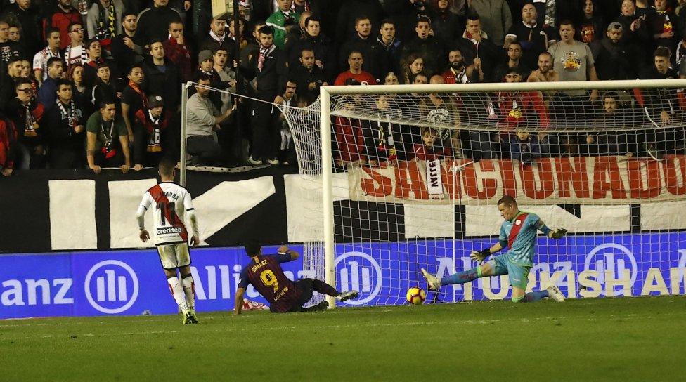 صور مباراة : رايو فاليكانو - برشلونة 2-3 ( 03-11-2018 )  1541275050_663810_1541284241_album_grande