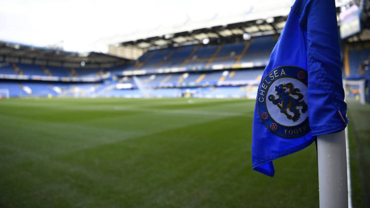 Chelsea & four other Premier League sides face potential two-year transfer bans