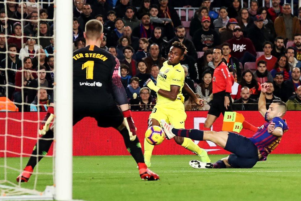 صور مباراة : برشلونة - فياريال 2-0 ( 02-12-2018 )  1543770516_747153_1543774963_album_grande