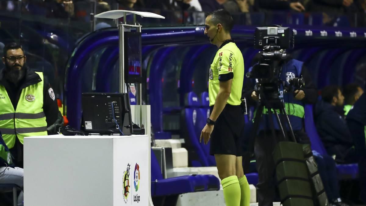 Habrá VAR en la Copa del Rey y en LaLiga 1/2/3 — Oficial