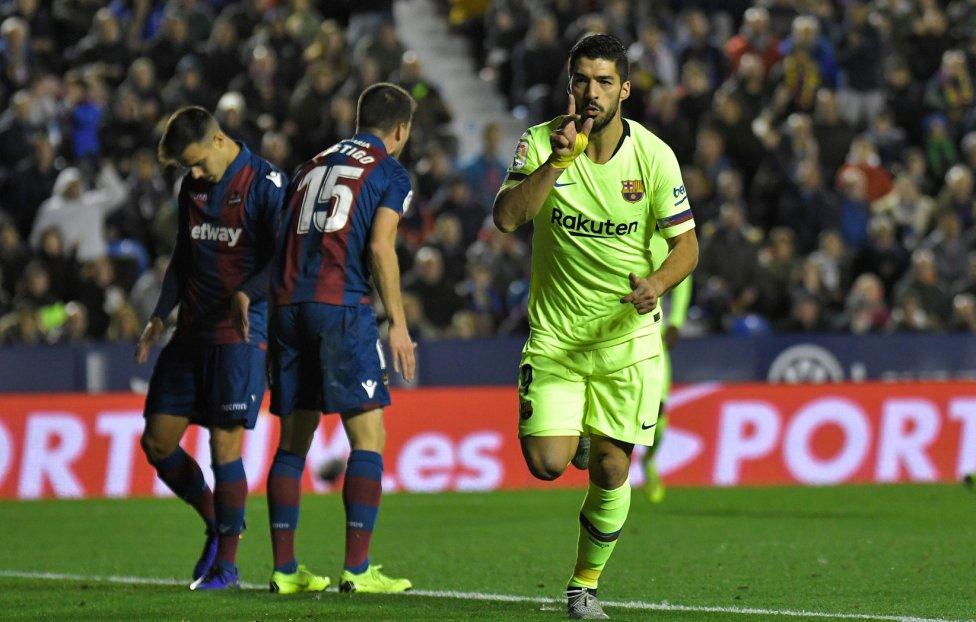 صور مباراة : ليفانتي - برشلونة 0-5 ( 16-12-2018 )  1544989648_089308_1544993954_album_grande