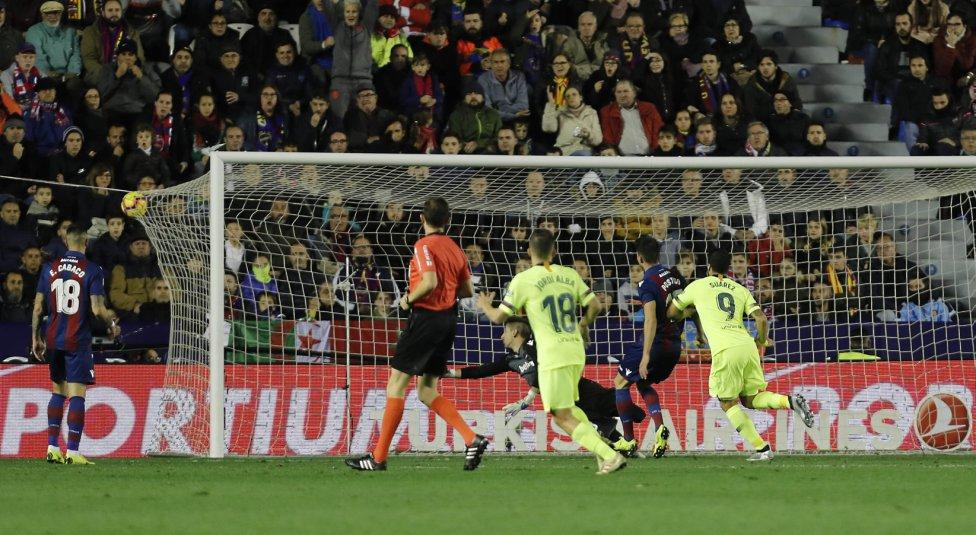 صور مباراة : ليفانتي - برشلونة 0-5 ( 16-12-2018 )  1544989648_089308_1544993960_album_grande