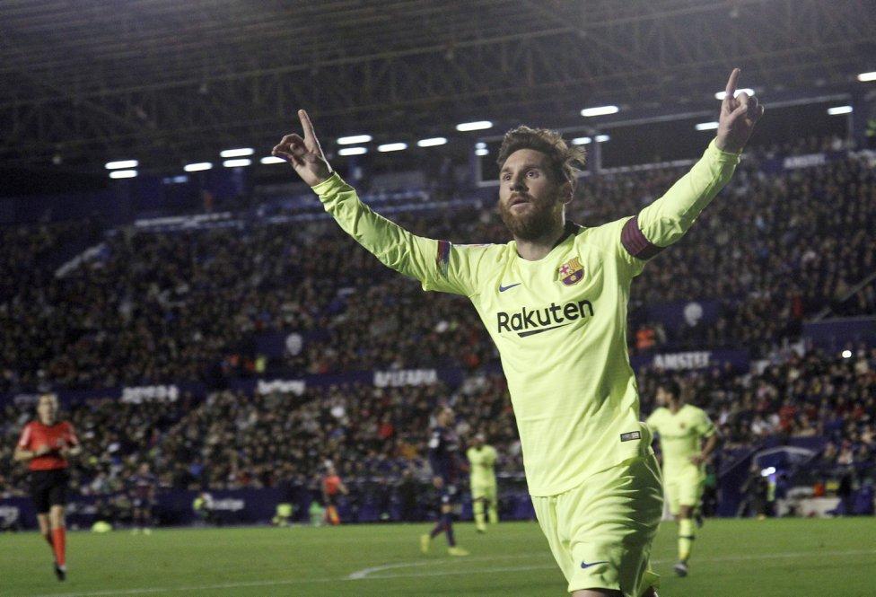 صور مباراة : ليفانتي - برشلونة 0-5 ( 16-12-2018 )  1544989648_089308_1544994729_album_grande