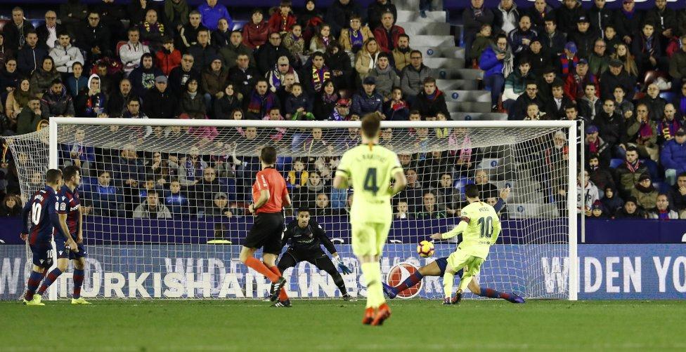 صور مباراة : ليفانتي - برشلونة 0-5 ( 16-12-2018 )  1544989648_089308_1544995288_album_grande