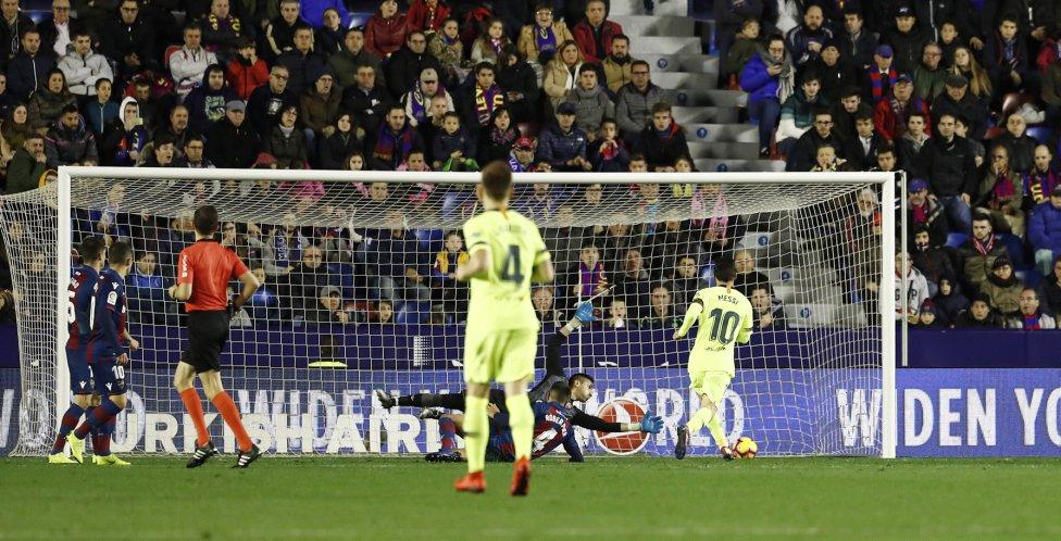 صور مباراة : ليفانتي - برشلونة 0-5 ( 16-12-2018 )  1544989648_089308_1544995289_album_grande