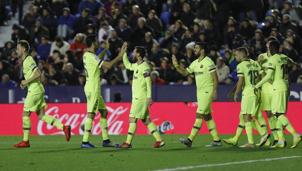 صور مباراة : ليفانتي - برشلونة 0-5 ( 16-12-2018 )  1544989648_089308_1544995451_album_grande