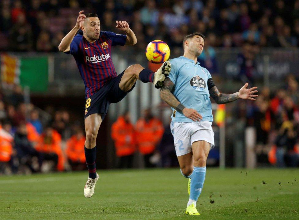صور مباراة : برشلونة - سيلتا فيغو 2-0 ( 22-12-2018 )  1545500484_893824_1545502423_album_grande