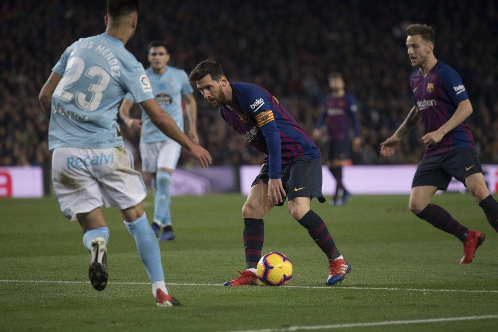 صور مباراة : برشلونة - سيلتا فيغو 2-0 ( 22-12-2018 )  1545500484_893824_1545502725_album_grande