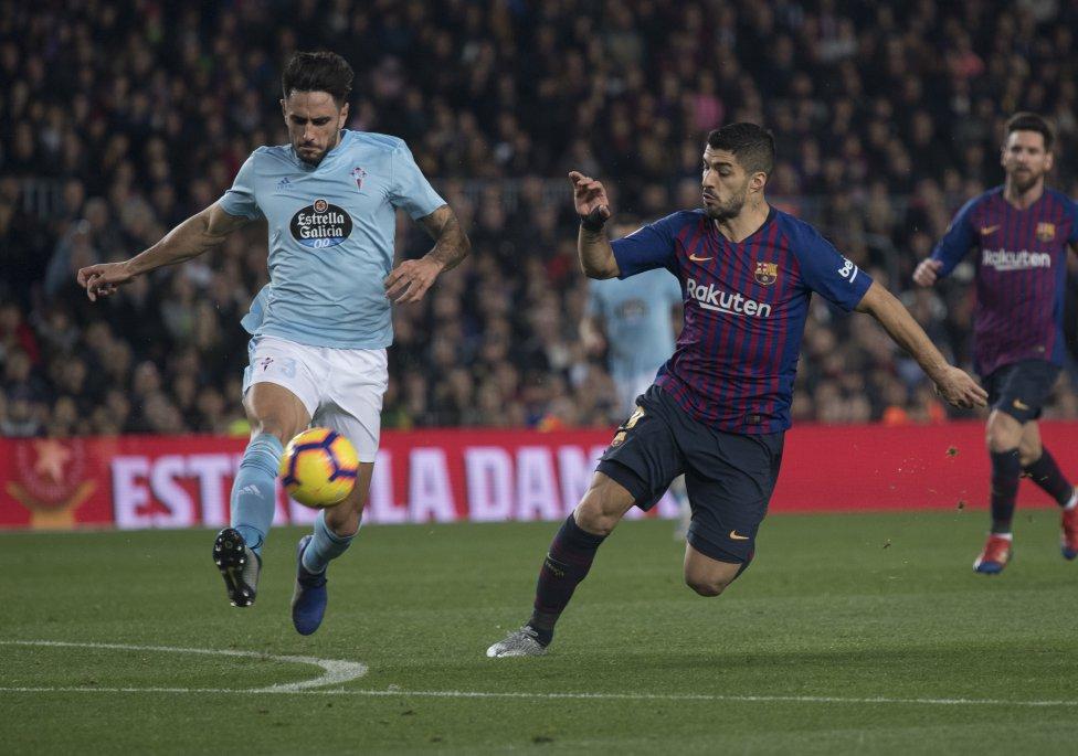 صور مباراة : برشلونة - سيلتا فيغو 2-0 ( 22-12-2018 )  1545500484_893824_1545502728_album_grande