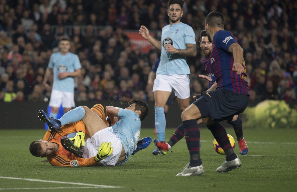 صور مباراة : برشلونة - سيلتا فيغو 2-0 ( 22-12-2018 )  1545500484_893824_1545503557_album_grande