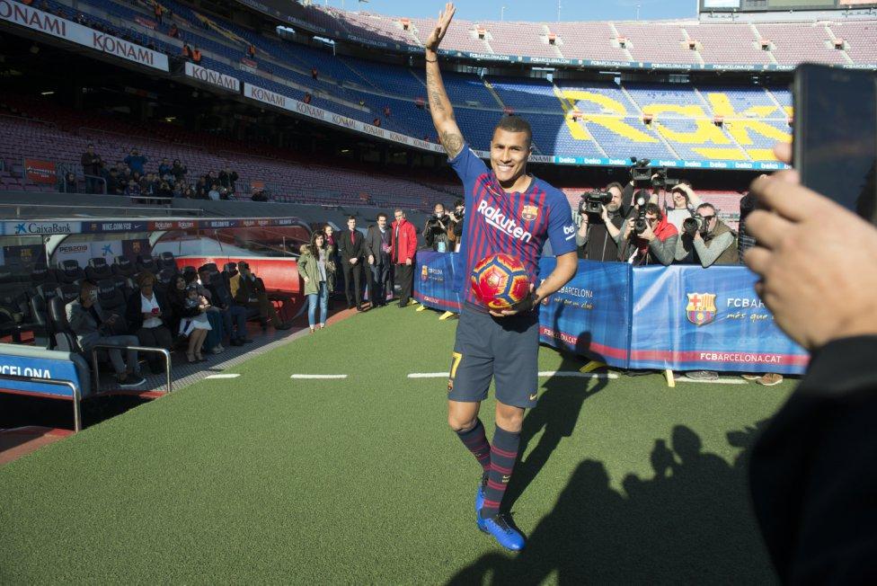 تقديم جيسون موريللو لاعب جديد في صفوف نادي برشلونة 1545912909_078282_1545914508_album_grande