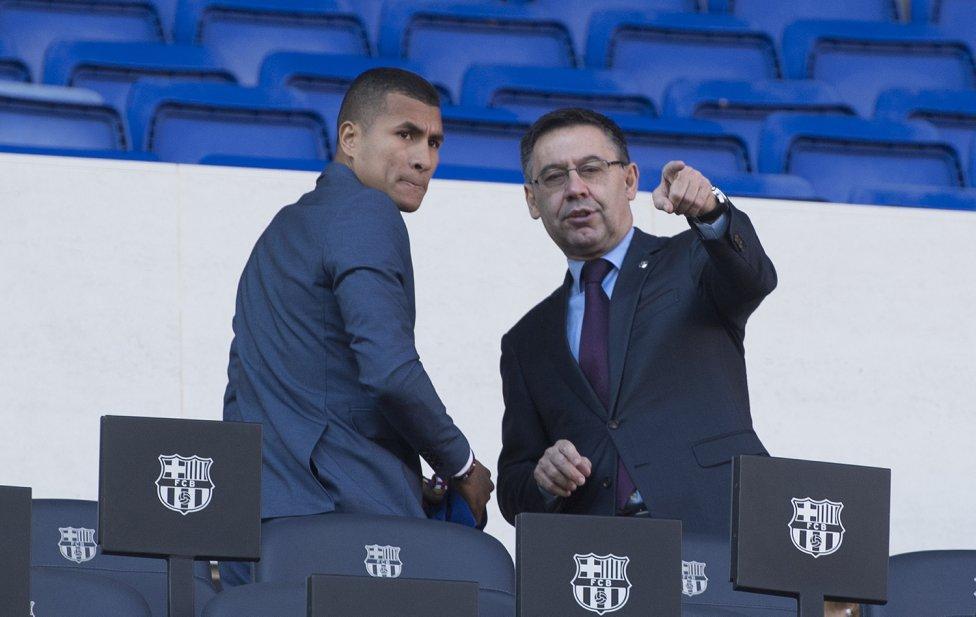 تقديم جيسون موريللو لاعب جديد في صفوف نادي برشلونة 1545912909_078282_1545914515_album_grande
