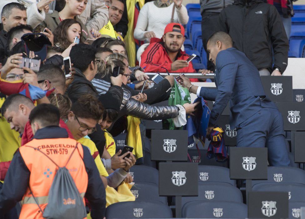 تقديم جيسون موريللو لاعب جديد في صفوف نادي برشلونة 1545912909_078282_1545914517_album_grande