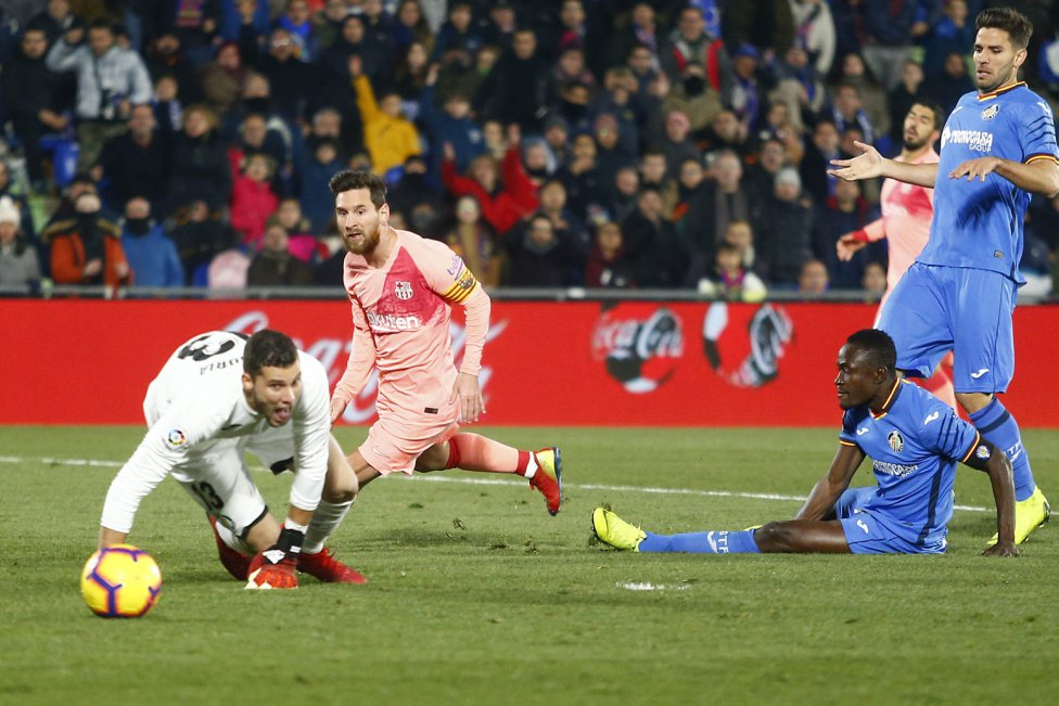 صور مباراة : خيتافي - برشلونة 1-2 ( 06-01-2019 ) 1546790714_239467_1546812881_album_grande