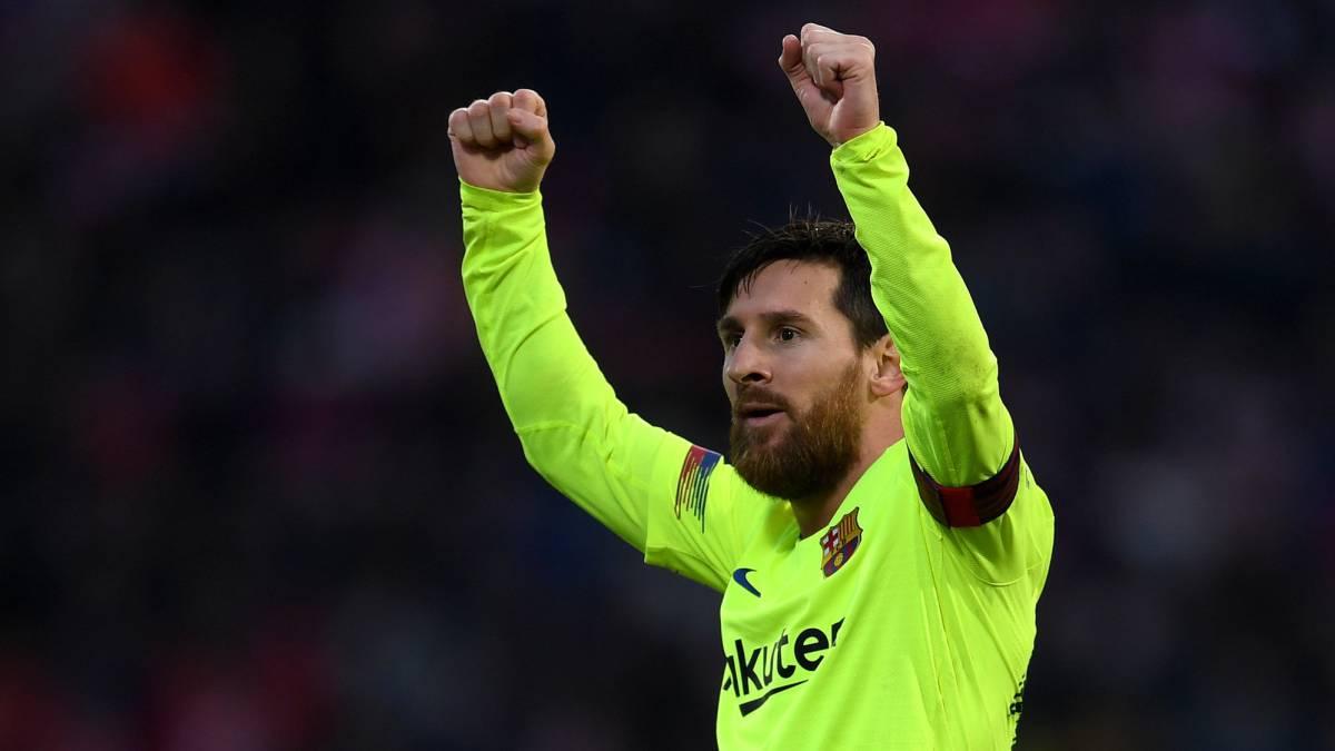 El Barcelona remonta al Sevilla con una goleada