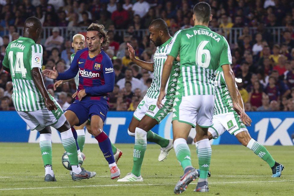 صور مباراة : برشلونة - بيتيس 5-2 ( 25-08-2019 )  1566760507_202920_1566762196_album_grande