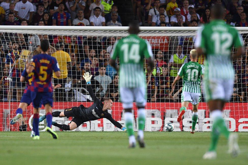 صور مباراة : برشلونة - بيتيس 5-2 ( 25-08-2019 )  1566760507_202920_1566762363_album_grande