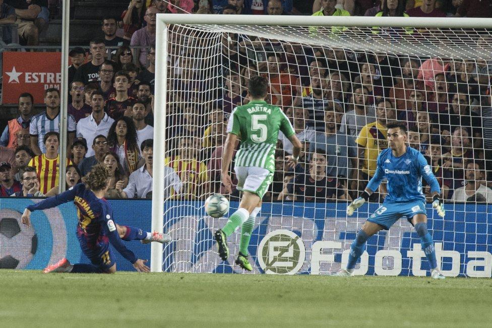 صور مباراة : برشلونة - بيتيس 5-2 ( 25-08-2019 )  1566760507_202920_1566763248_album_grande