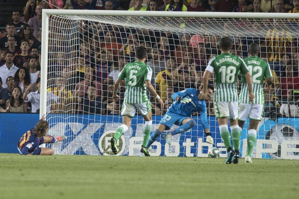 صور مباراة : برشلونة - بيتيس 5-2 ( 25-08-2019 )  1566760507_202920_1566763250_album_grande