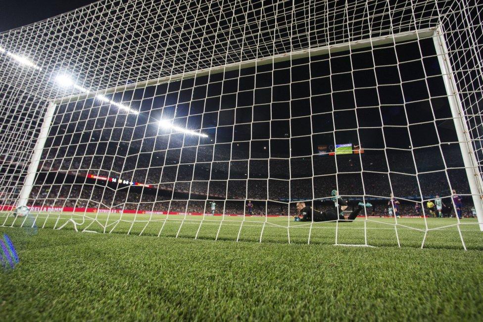 صور مباراة : برشلونة - بيتيس 5-2 ( 25-08-2019 )  1566760507_202920_1566764235_album_grande