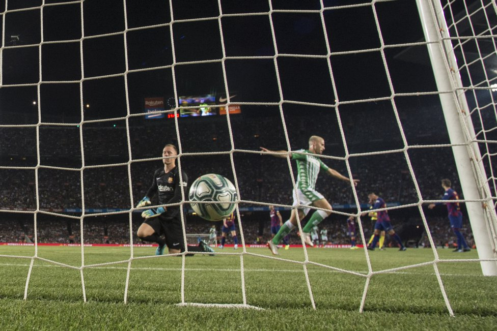 صور مباراة : برشلونة - بيتيس 5-2 ( 25-08-2019 )  1566760507_202920_1566764236_album_grande