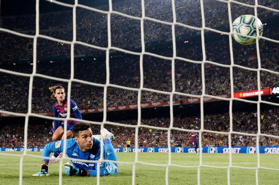 صور مباراة : برشلونة - بيتيس 5-2 ( 25-08-2019 )  1566760507_202920_1566765311_album_grande