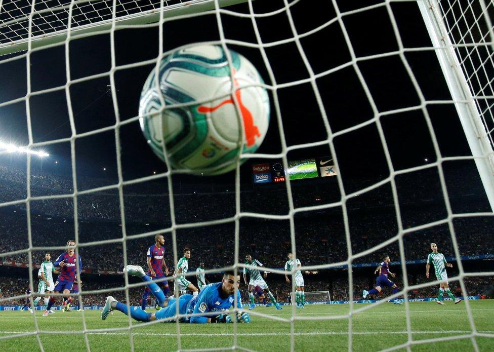 صور مباراة : برشلونة - بيتيس 5-2 ( 25-08-2019 )  1566760507_202920_1566769260_album_grande