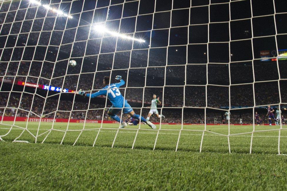 صور مباراة : برشلونة - بيتيس 5-2 ( 25-08-2019 )  1566760507_202920_1566769972_album_grande