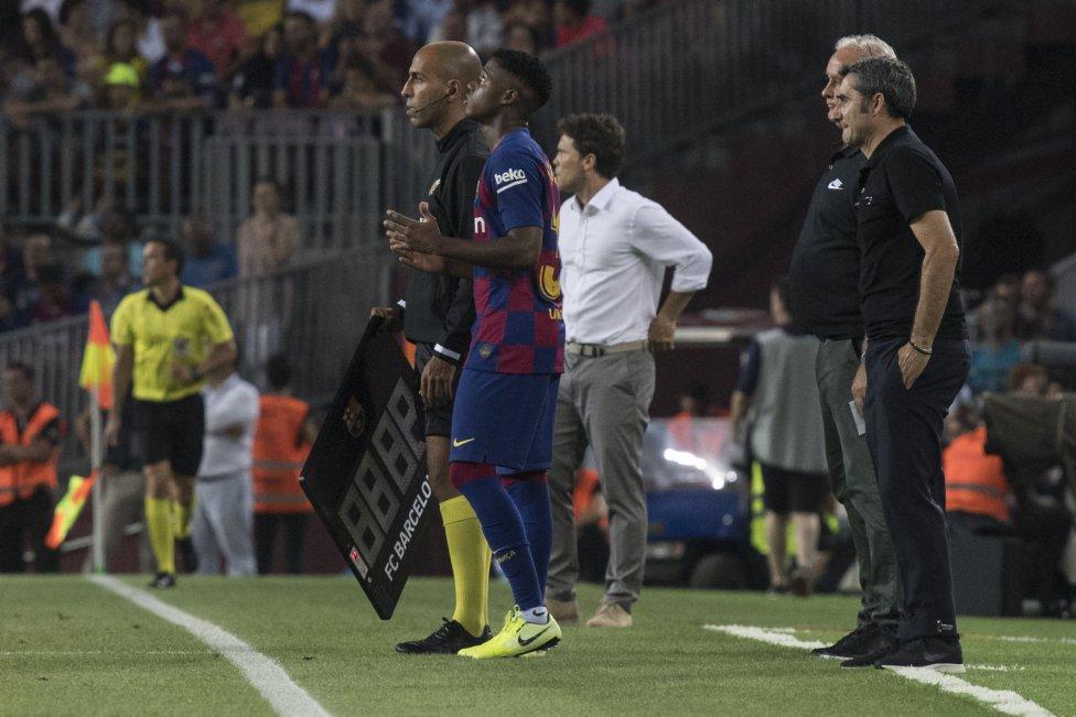 صور مباراة : برشلونة - بيتيس 5-2 ( 25-08-2019 )  1566760507_202920_1566771012_album_grande