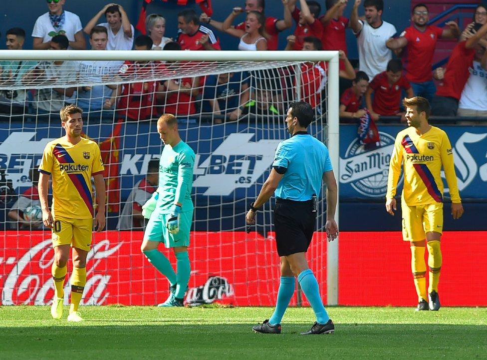صور مباراة : أوساسونا - برشلونة 2-2 ( 31-08-2019 )  1567266822_968525_1567267681_album_grande