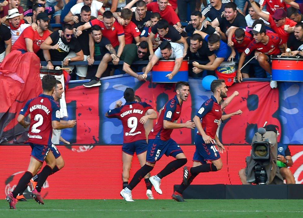 صور مباراة : أوساسونا - برشلونة 2-2 ( 31-08-2019 )  1567266822_968525_1567270857_album_grande