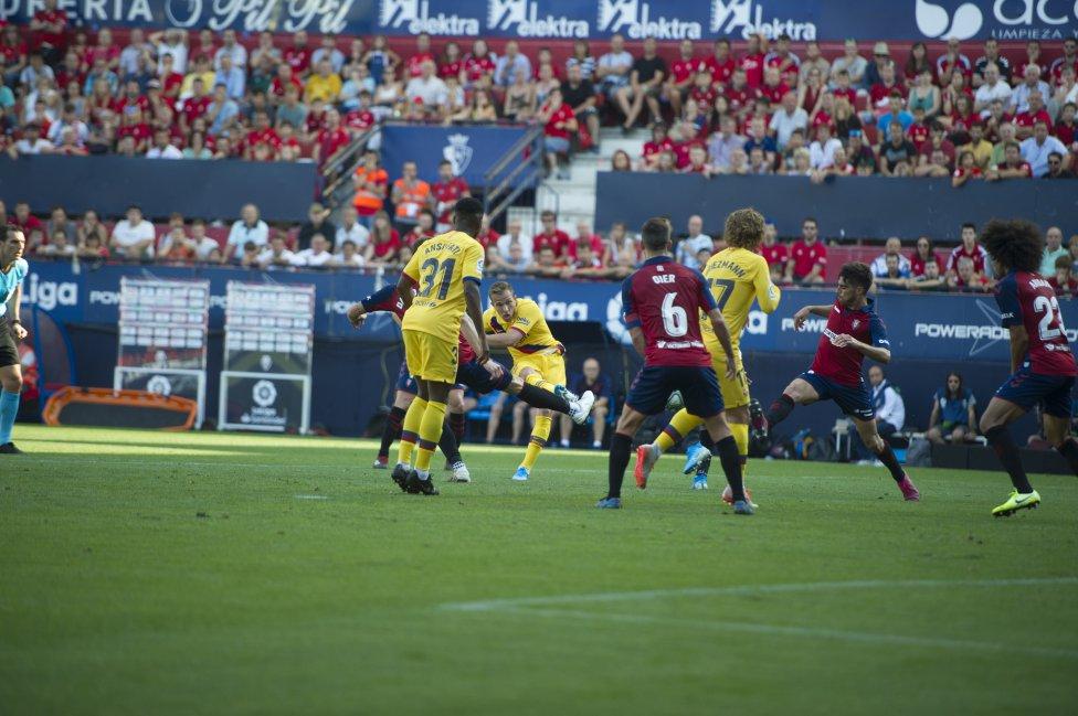 صور مباراة : أوساسونا - برشلونة 2-2 ( 31-08-2019 )  1567266822_968525_1567271068_album_grande