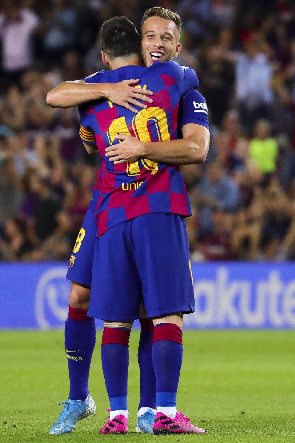 صور مباراة : برشلونة - فياريال 2-1 ( 24-09-2019 )  1569352404_626565_1569355686_album_grande