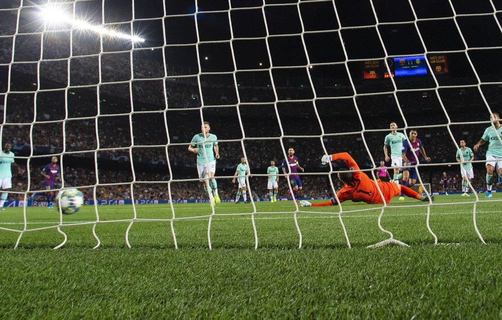 صور مباراة : برشلونة - إنتر 2-1 ( 02-10-2019 )  1570043143_085516_1570052378_album_grande