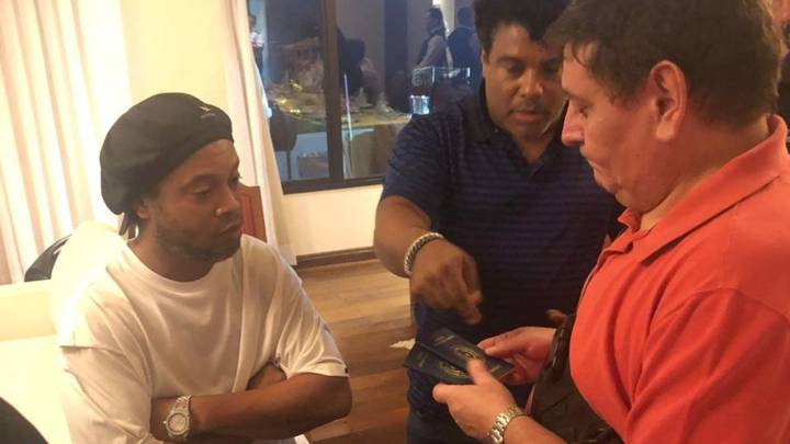FC Barcelona Legend Ronaldinho Caught By Police With Fake Passport